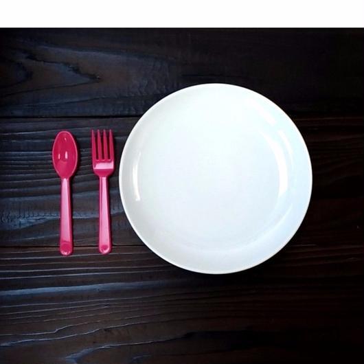 波佐見焼 21cmプレート(パスタ皿 - サイズ) - ホワイト 【Made in Japan 陶磁器プレート】
