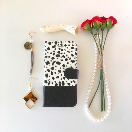 (pajour) ダルメシアン柄 手帳型スマホケース ビジュー無し 戌年 iphone/Xperia/全機種