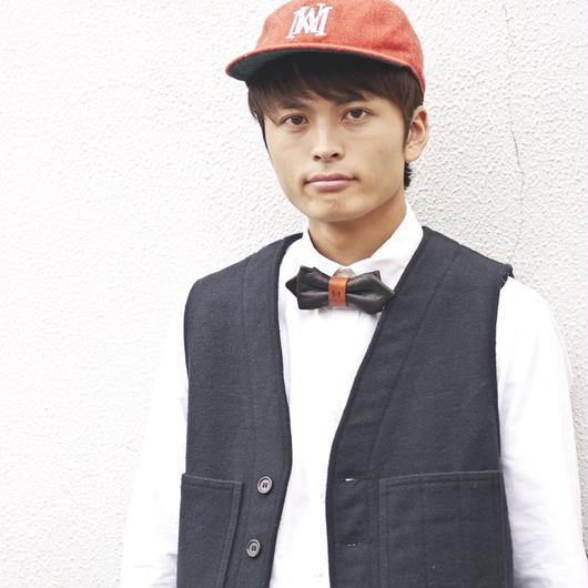 Patriqo Leather Black 本革蝶ネクタイ (ブローチ)