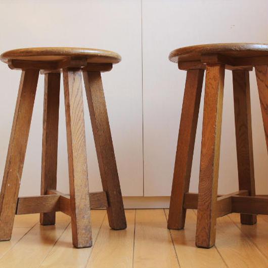 送料無料/木製の丸椅子