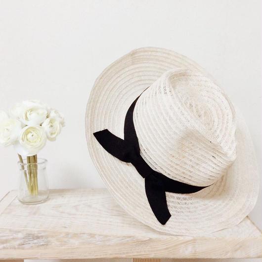 cherry hat (black)