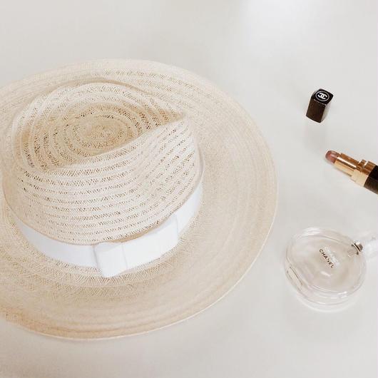 White Ribon Hat
