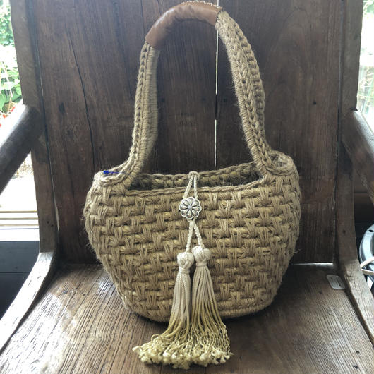 iwii flower concho sholder basket