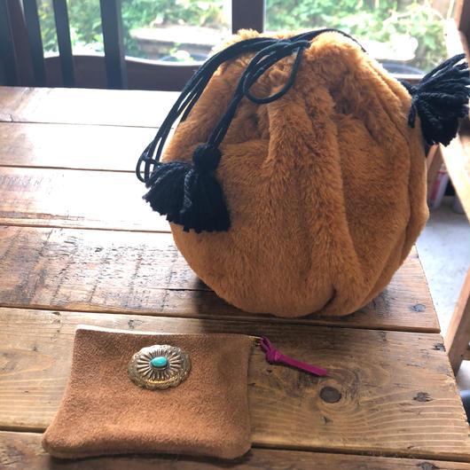iiwi  fur巾着バッグtassel付き