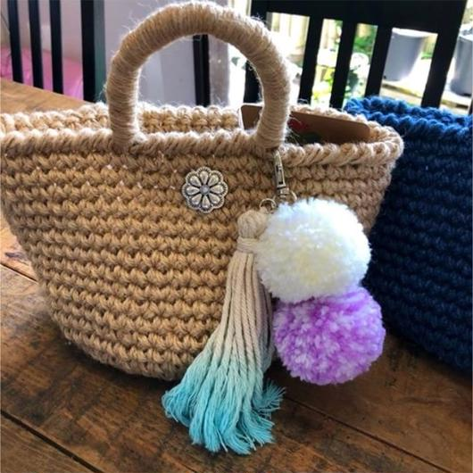 iiwi flower concho tote