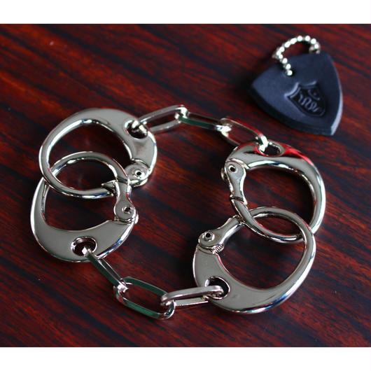 POISONIVYオリジナル<キースモデル>手錠型ブレスレット<カラー:シルバー>Lサイズ