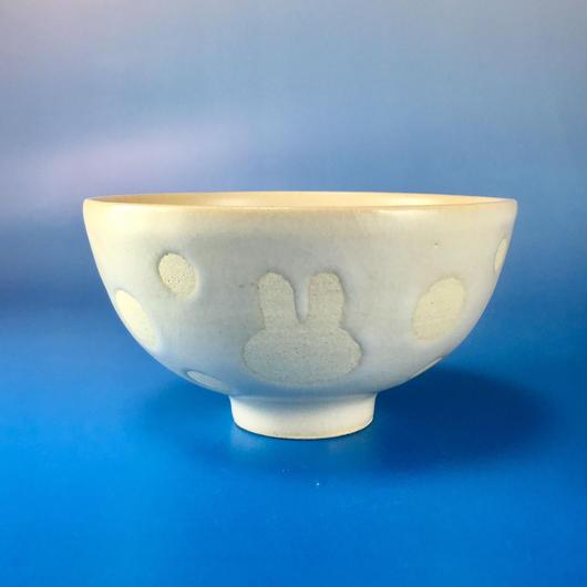 【G001】うさぎ水玉模様のご飯茶碗(白マット・うさぎ印)