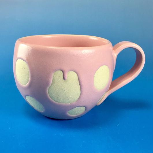 【M031】うさぎ水玉模様の小マグカップ(マカロンピンク色・うさぎ印)