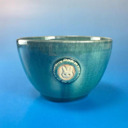 【Y017】海の色の湯呑み茶碗(うさぎ印)