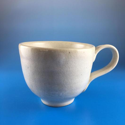 【M007】マットホワイトのマグカップ(うさぎ印)