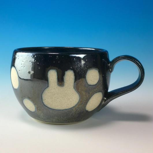 【M158】丸いフォルムのうさぎ水玉模様のマグカップデミ(銀彩秞・うさぎ印)