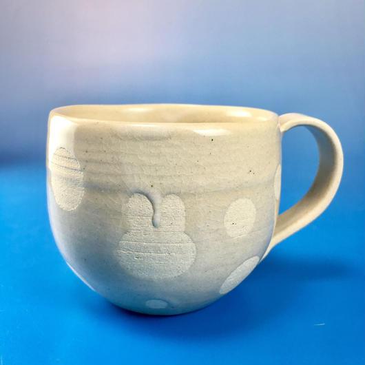【M018】うさぎ水玉模様の大マグカップ(白マット・うさぎ印)
