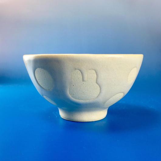 【G048】うさぎ水玉模様のご飯茶碗ミニ(白マット・うさぎ印)