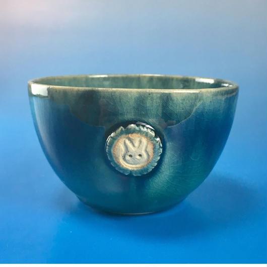 【Y019】海の色の湯呑み茶碗(うさぎ印)