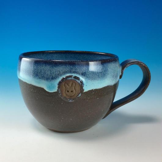 【M187】淡水乳濁のマグカップ大(エンブレム付き・うさぎ印)