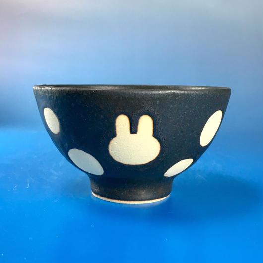 【G036】うさぎ水玉模様のご飯茶碗ミニ(黒マット・うさぎ印)