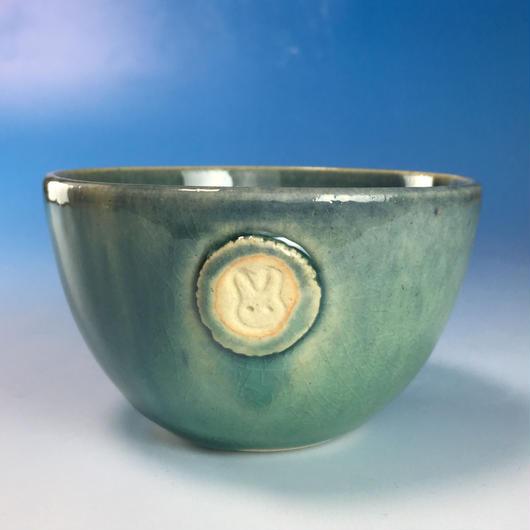 【Y074】海の色の湯呑み茶碗(るり・みどり・うさぎ印)