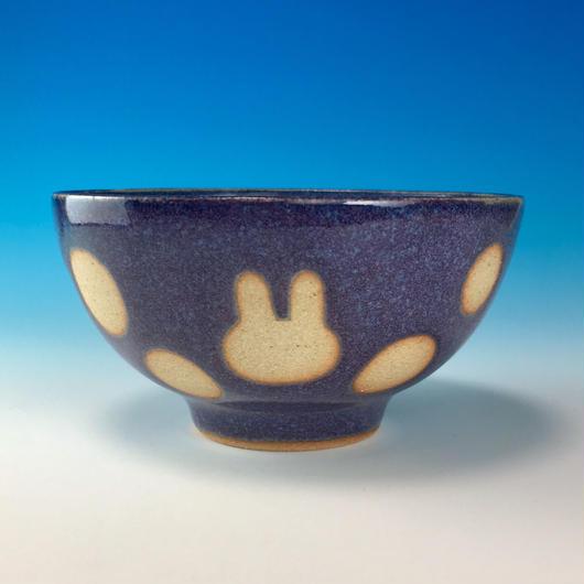 【G074】うさぎ水玉模様のご飯茶碗ミニ(淡青白土・うさぎ印)