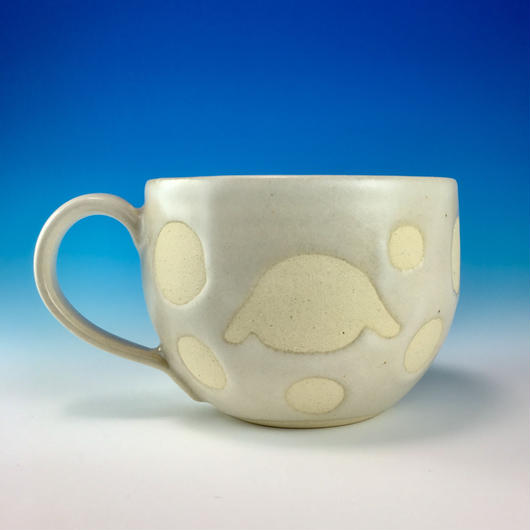 【M163】丸いフォルムのうさぎ水玉模様のマグカップ大(白マット白土・うさぎ印)
