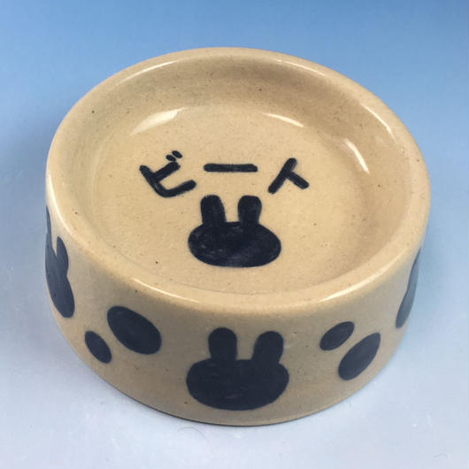 【Special orders】うさぎ水玉模様のうさぎ様用食器・MLサイズ(呉須・透明釉・うさぎ印)※ 名入れ有り・無しを選べます
