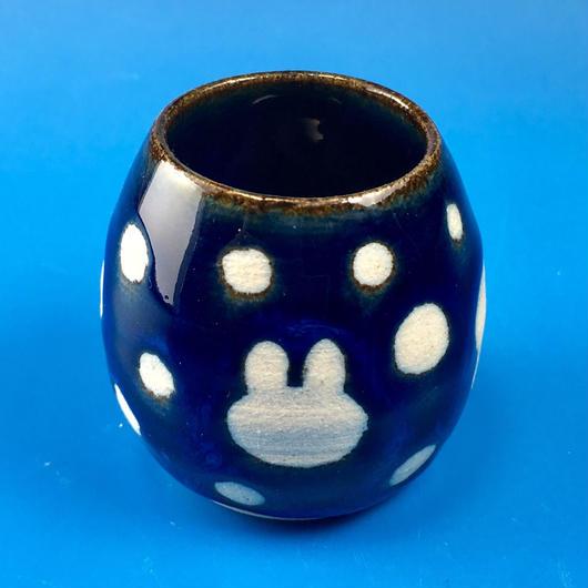 【Z002】うさぎ水玉模様の楊枝立て(藍色)