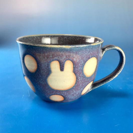 【M064】広口のうさぎ水玉模様のマグカップ大(紫乳濁釉・うさぎ印)