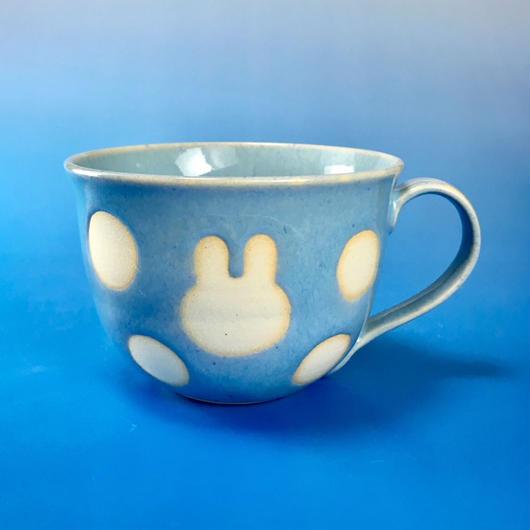 【M061】広口のうさぎ水玉模様のマグカップ大(スカイブルー・うさぎ印)