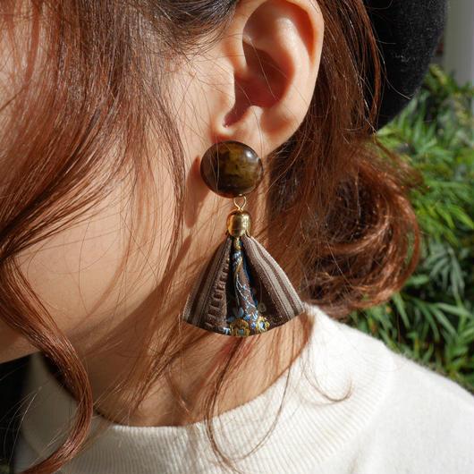 刺繍リボンピアス/brown
