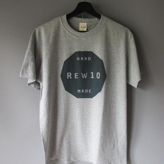 REW10 decagon  logo  T-shirt  (6.2oz)