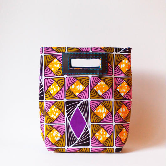 Mini Akello -幾何学模様ピンクオンレジ-(小さめサイズ)