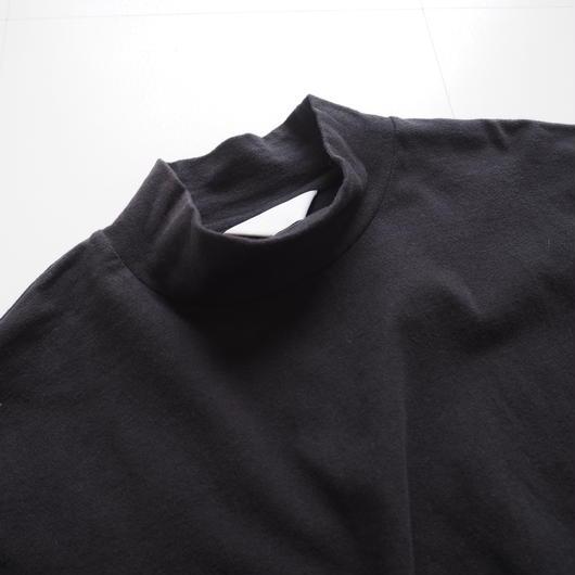 "UNUSED ""US1313 Mock-turtle Long-sleeve T-shirt. "" Black women"