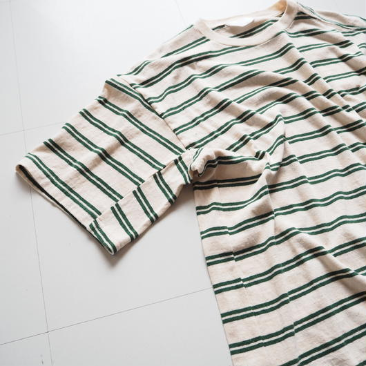 "UNUSED ""US1388 Short Sleeve Border T-shirt. "" Off White × Green women's"