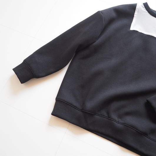 "Graphpaper ""Mesh-paneled High Neck Pullover""  Black women"