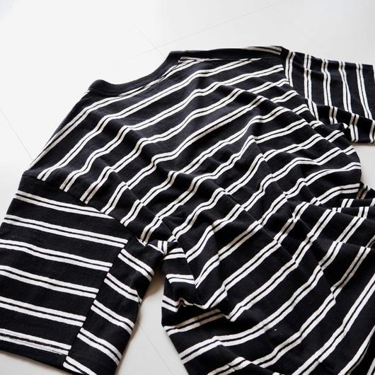 "UNUSED ""US1388 Short Sleeve Border T-shirt. "" Black × White women's"