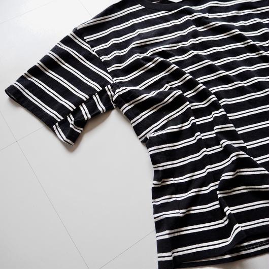 """UNUSED """"US1387 Short Sleeve Border T-shirt. """" Black × White unisex"""