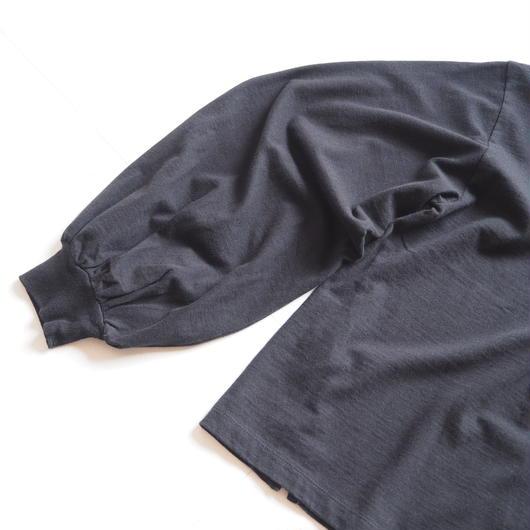 "UNUSED ""US1504 Long-sleeve T-shirt. "" Black women"