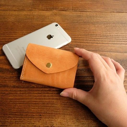 三つ折りのCompact wallet