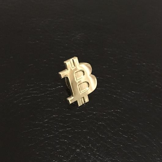 ビットコイン ピンバッチ ゴールド