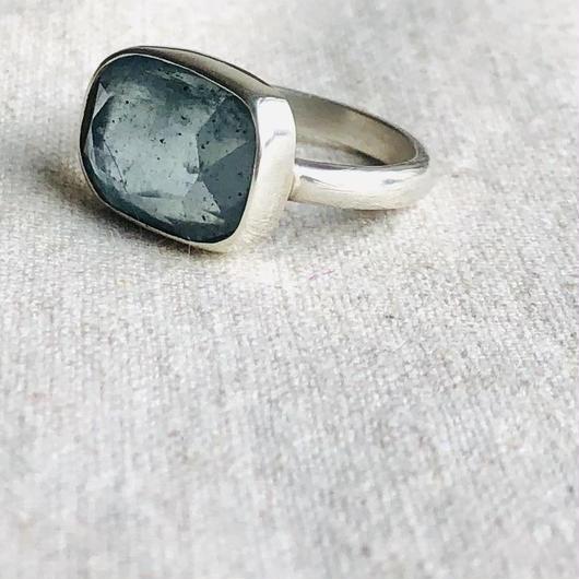 Ishi jewelry / natural stone ring  / moss  aquamarine/ silver ring / イシジュエリー /モス アクアアマリン