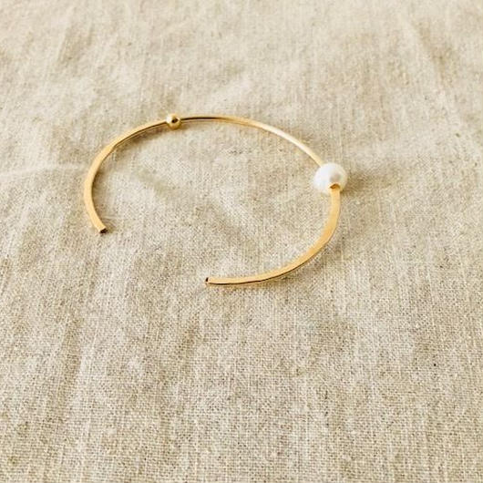cinq / roam pearl cuff  / 14k gold filled / pearl / /パール バングル