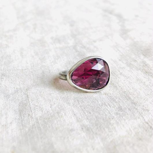 Ishi jewelry / garnet silver ring /イシジュエリー/ ガーネット シルバーリング