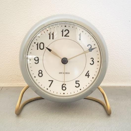 【限定品】『ARNE JACOBSEN/ Station Table Clock  Limited Edition Light Gray』