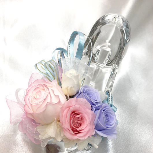 【プリザーブドフラワー/ガラスの靴シリーズ】シンデレラの魔法の時間【フラワーケースリボンラッピング付き】