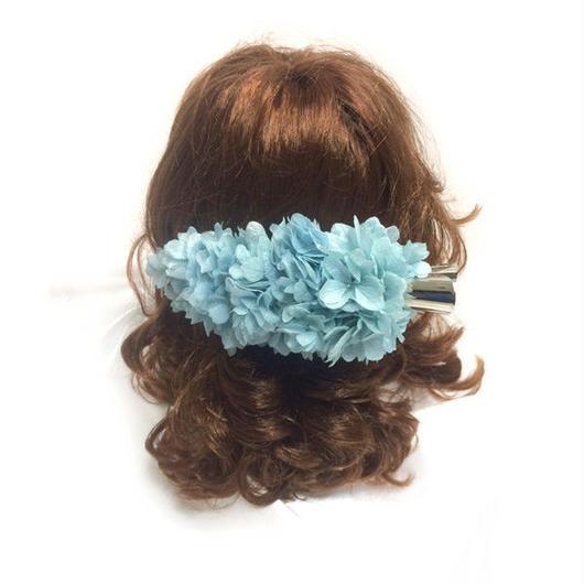 【プリザーブドフラワー/ヘアーアクセサリーシリーズ/本当の紫陽花の髪飾り】静かな想いは心に秘めて。明るい空のような透明感ある髪飾り【 ラッピング付き】