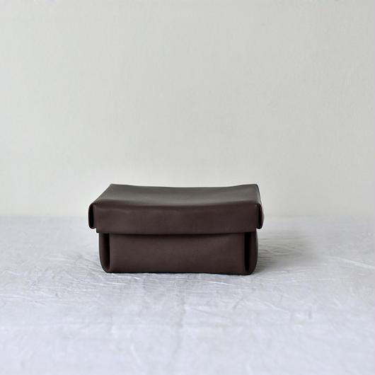 kasse (box)/ brown(M)