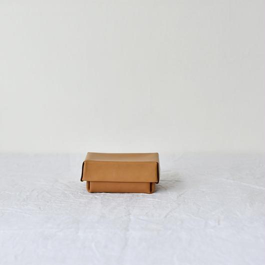 kasse (box)/ camel(S)