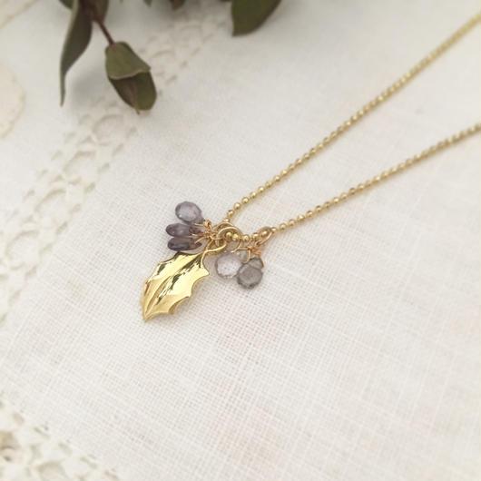Holly heal® lucky pendant イザベラ
