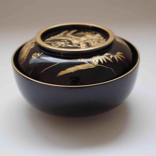 佐渡の松竹梅の金蒔絵・黒漆煮物碗
