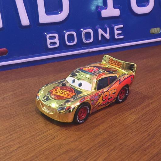 Disney Pixar Cars 金色ゴールドマックイーン MATTLE社 USED美品