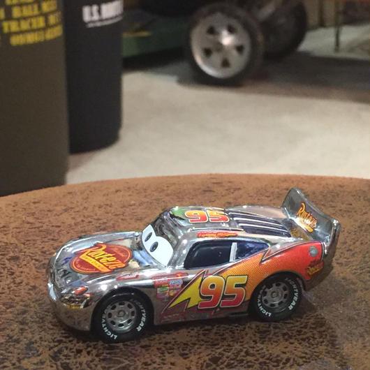 Disney Pixar Cars メタリックシルバー マックイーン MATTEL社 USED